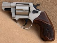 Smith & Wesson M.38 Cheif Special. Nikkel finish.